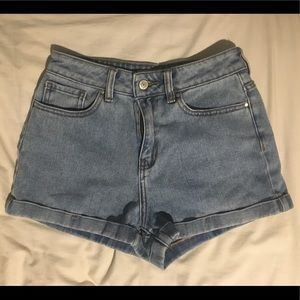 PacSun Shorts | Mom Shorts | Size 25
